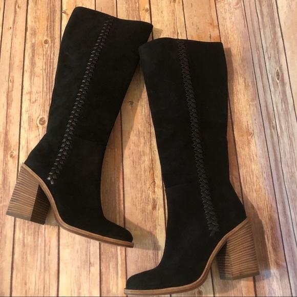 65e18972bbc UGG Maeva Black Boots NWT